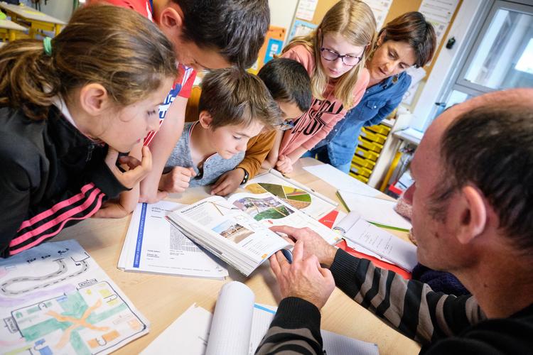 Réunion technique avec les élèves © Anouck Oliviero.JPG